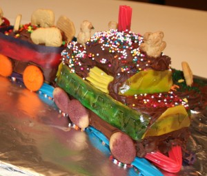 Cake - Circus Train Engine